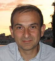 K. John Pas ، MChB ، PhD ، FRCP ، FRCPath ، FRCPCH